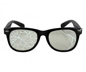 Gözlüklerinizden kurtulun… Take out your glasses… Konu1